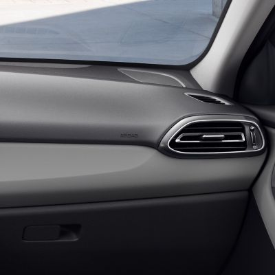 Detail of the new Hyundai i30 Fastback interior in Pewter Gray, one of three new interior colours.